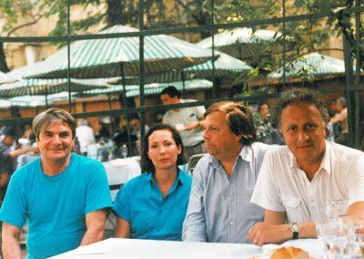 Alaturi de Constantin Țoiu și Eberhardt Mertend, directorul Editurii OLMS din Germania
